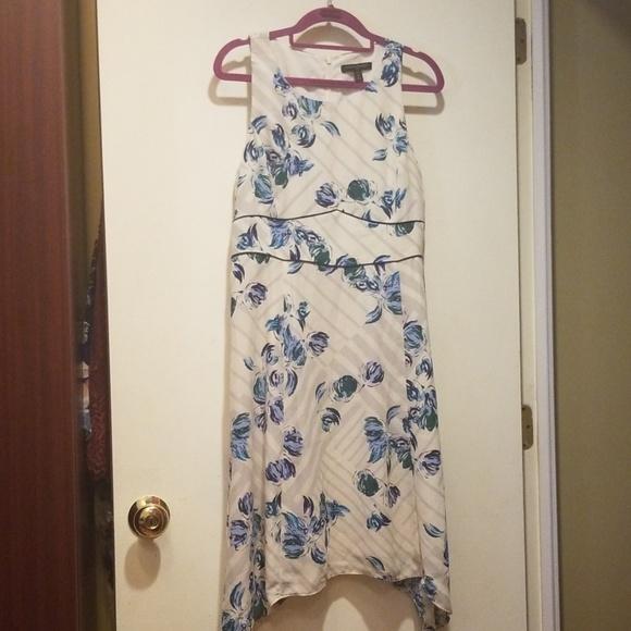 Banana Republic Dresses & Skirts - Banana Republic Floral Dress Petite 6